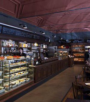 La finestra in cucina restaurants italiens prague avec - La finestra prague ...