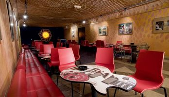 Rock Café, bar club